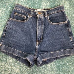 American apparel denim shorts size 26